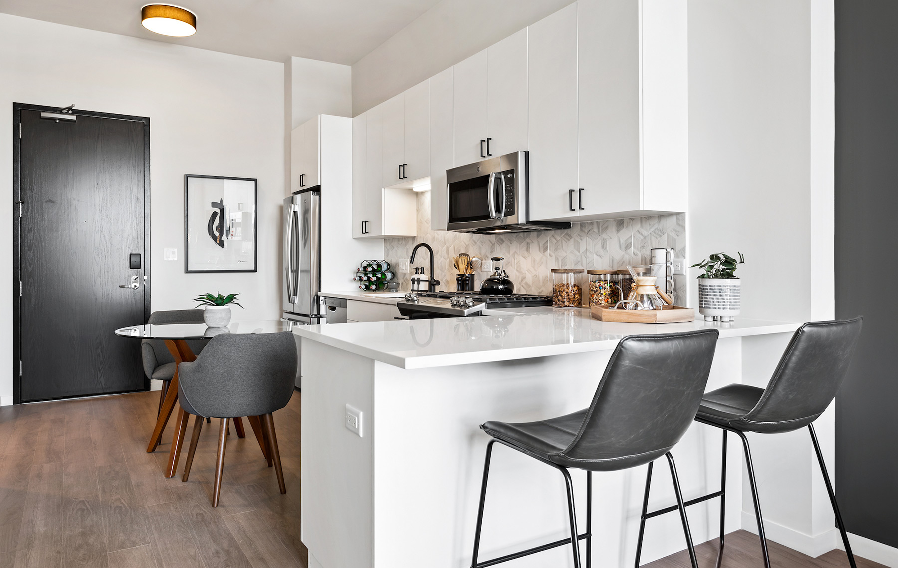 Logan Square Luxury Apartment Kitchen